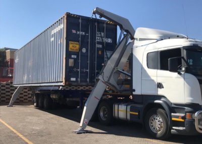 side-lift-container